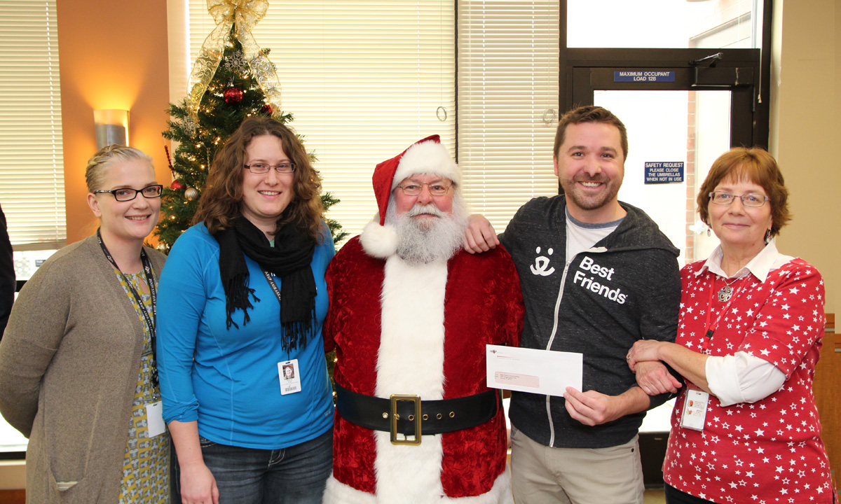 ARUP Employees Show Off Generosity and Spread Gratefulness