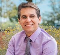Dr. Julio Delgado
